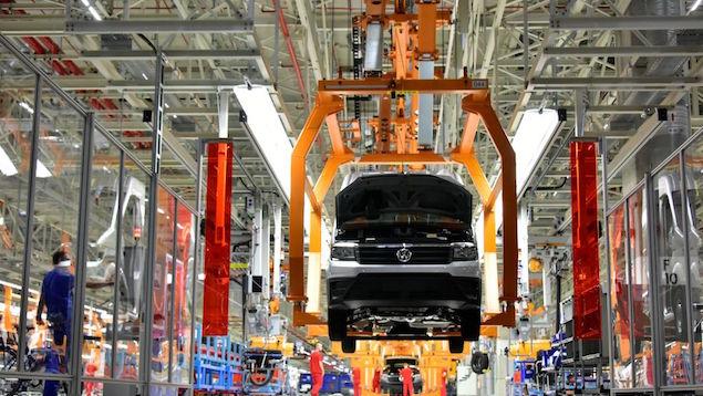 Producción de autos repunta en julio y exportaciones reducen caída