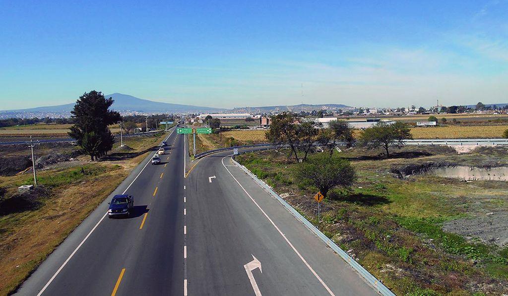 Prevén 53% menos recursos para infraestrutura carretara en 2021
