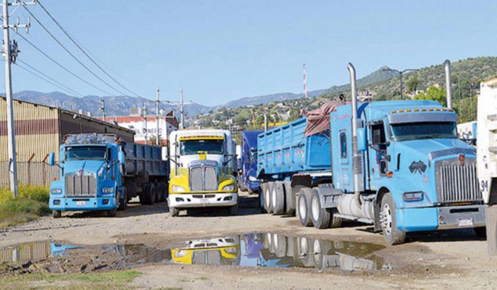 Empresas productoras de acero, cemento, carbón, vidrio mantendrán operaciones