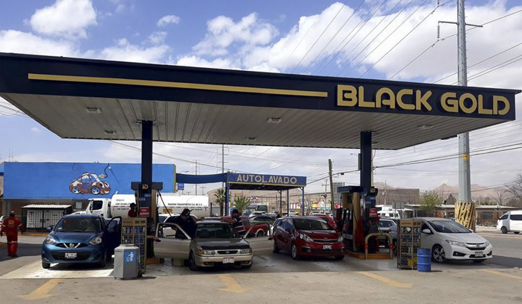 Black-Gold-Estación