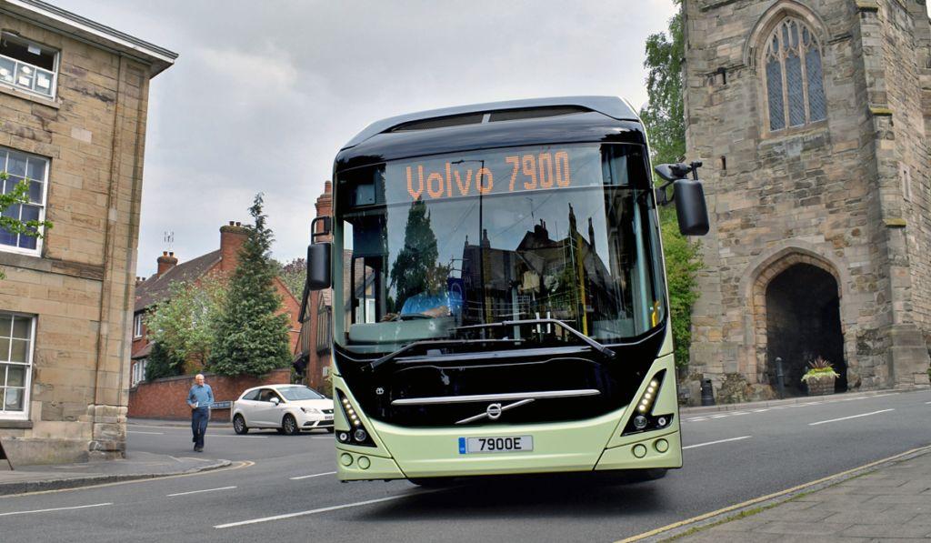 Dinamarca avanza hacia la electromovilidad con 29 buses Volvo 7900