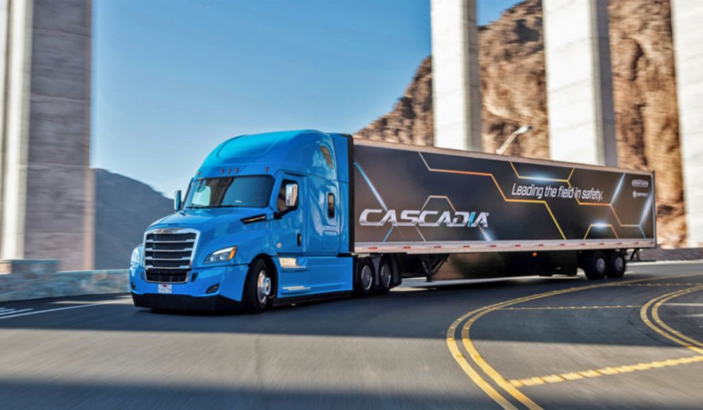 Cascadia-Semiautónomo-Freightliner