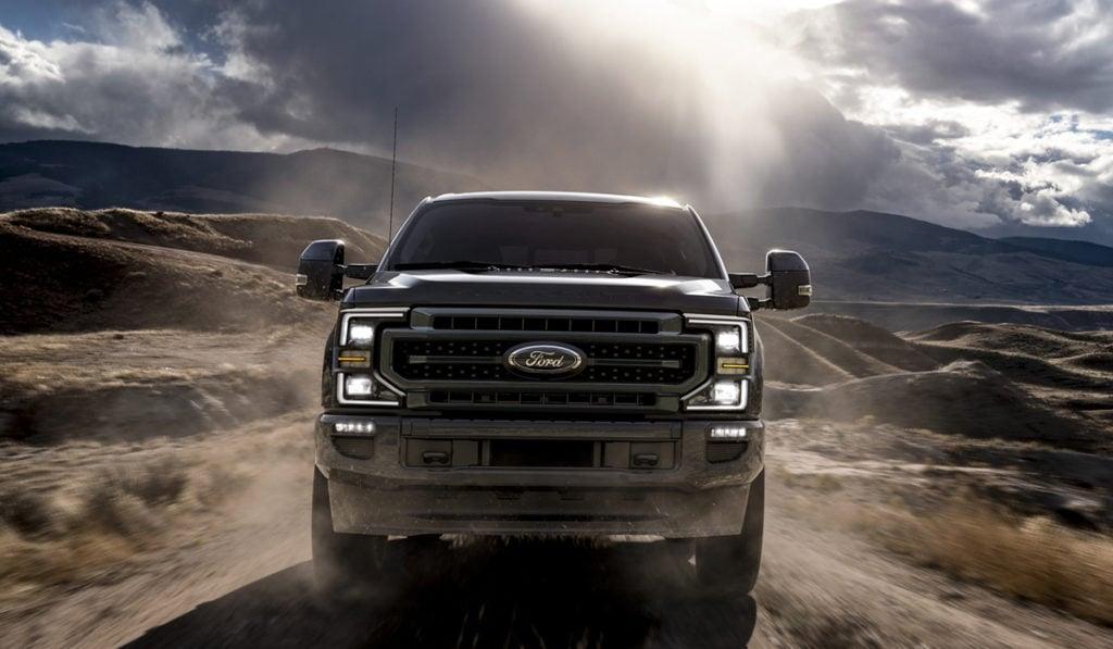 Ford presenta su nueva creación con motor a diesel o gasolina.