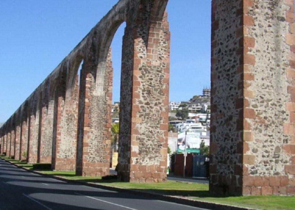 Restringen al autotransporte en Querétaro