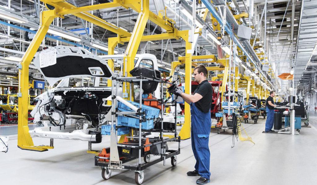 Se llegará a un acuerdo con EU para reactivar industria automotriz: AMLO