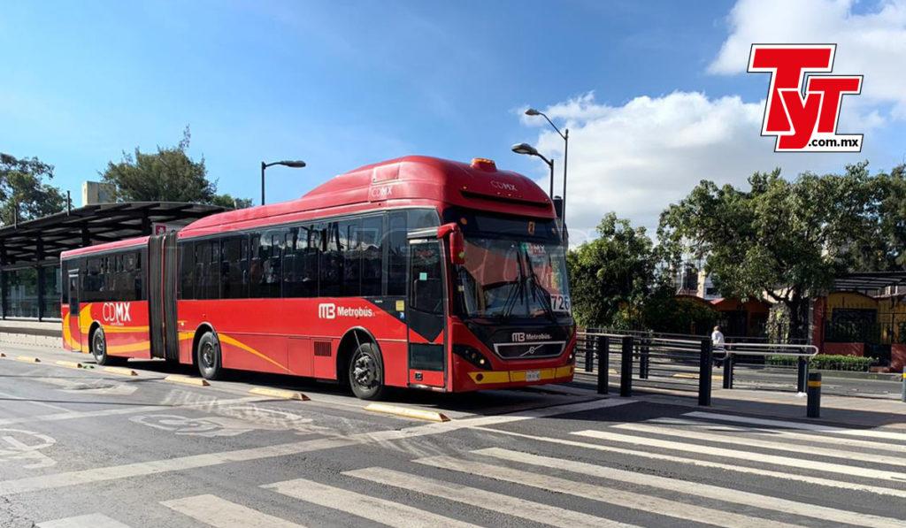 Metrobús y RTP operan con baja de 50% en la demanda