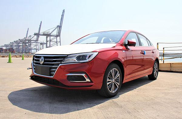 Arriban a Puerto Lázaro Cárdenas autos importados por la china SAIC Motor