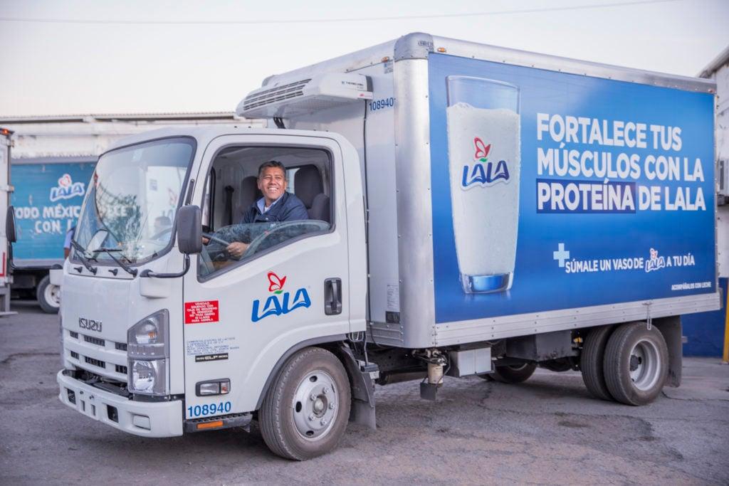 Lala inicia distribución de leche chiapaneca con flota de 140 unidades