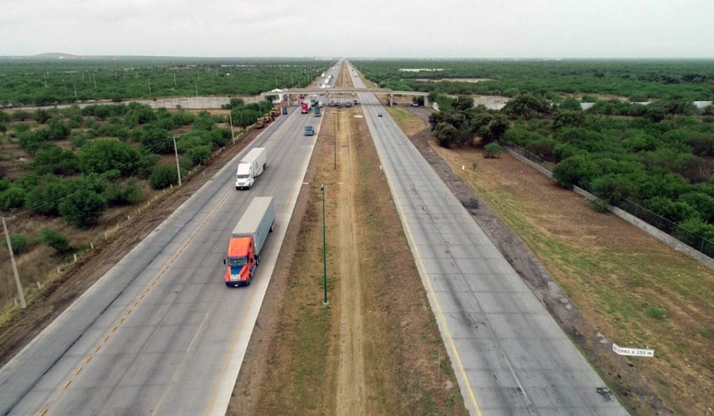 Pymes del autotransporte lideran los cruces fronterizos