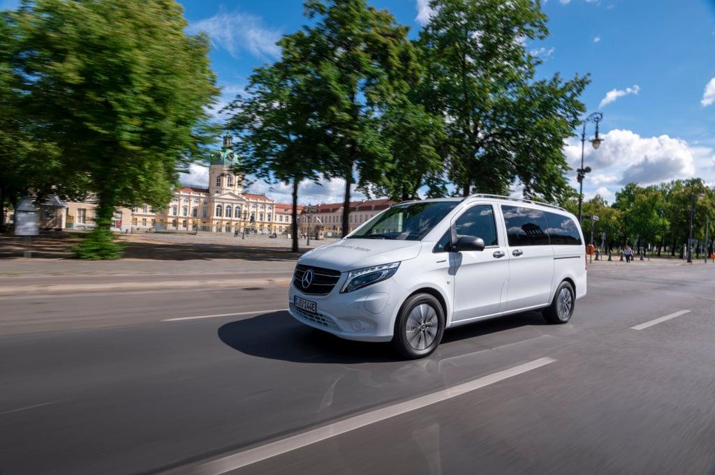 Mercedes-Benz cambia la dimensión del transporte de pasaje con eVito Tourer