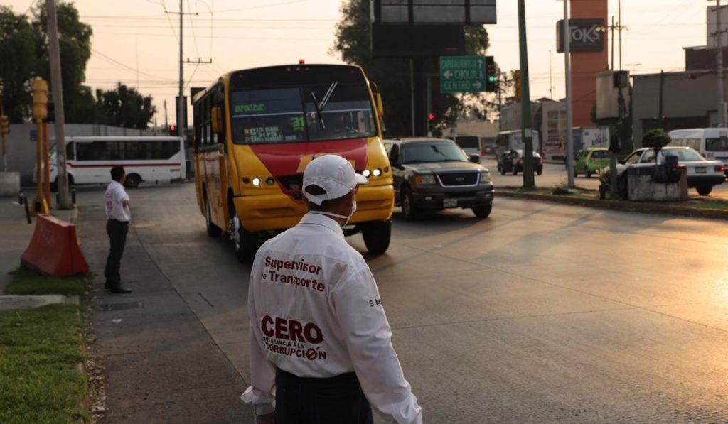 Militares y GN vigilarán transporte público en Puebla