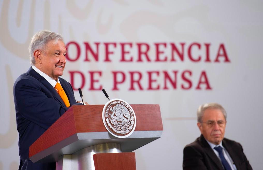AMLO revocará contrato por 100 años otorgado en el Puerto de Veracruz