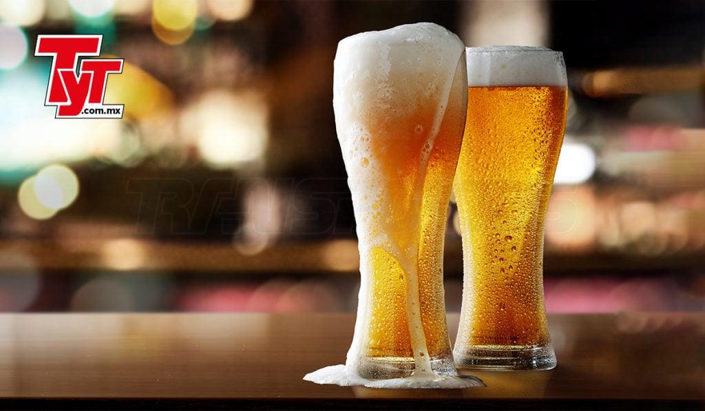 El autotransporte mueve a la cerveza, para celebrar a México