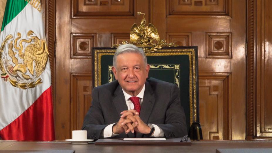 Simplificación de trámites, confianza y Estado de derecho, promete AMLO a empresarios