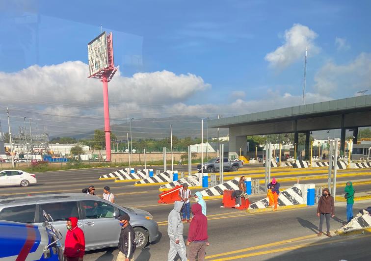 Guardia Nacional y policía del Edomex liberan caseta de Tepotzotlán
