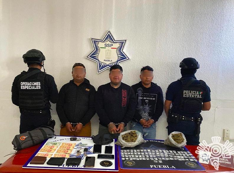 Caen tres por robo de carga y narcomenudeo en Puebla