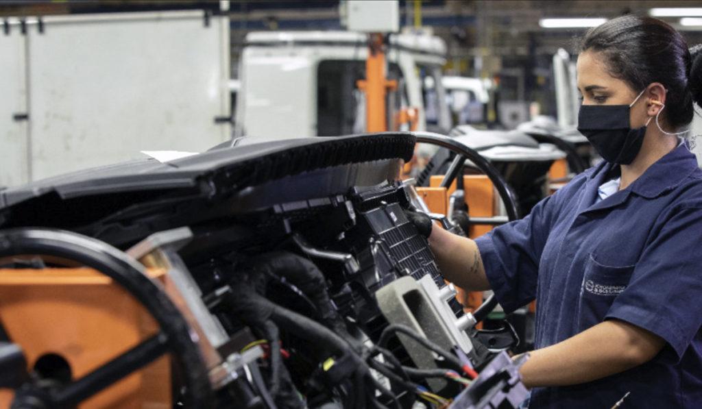 Actividad económica crece 0.5% en julio: IOAE