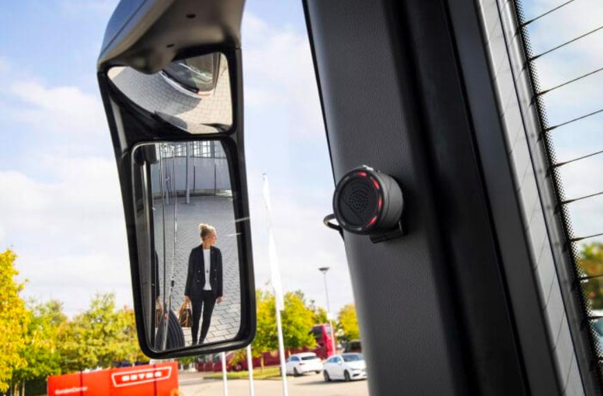 Así es como Daimler suma a la seguridad vial en el transporte de pasaje