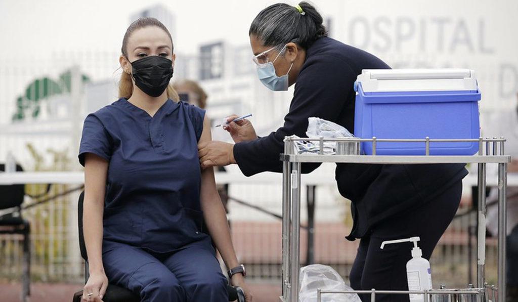 Gobierno de Jalisco e IP van por 500 mil vacunas