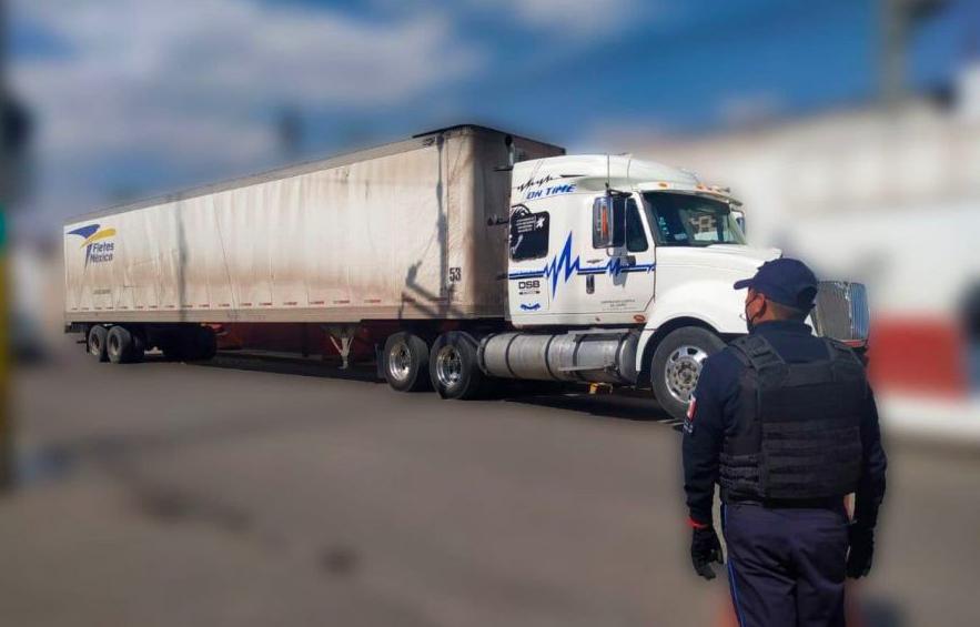 Roba camión con lácteos en Texmelucan, cae por GPS