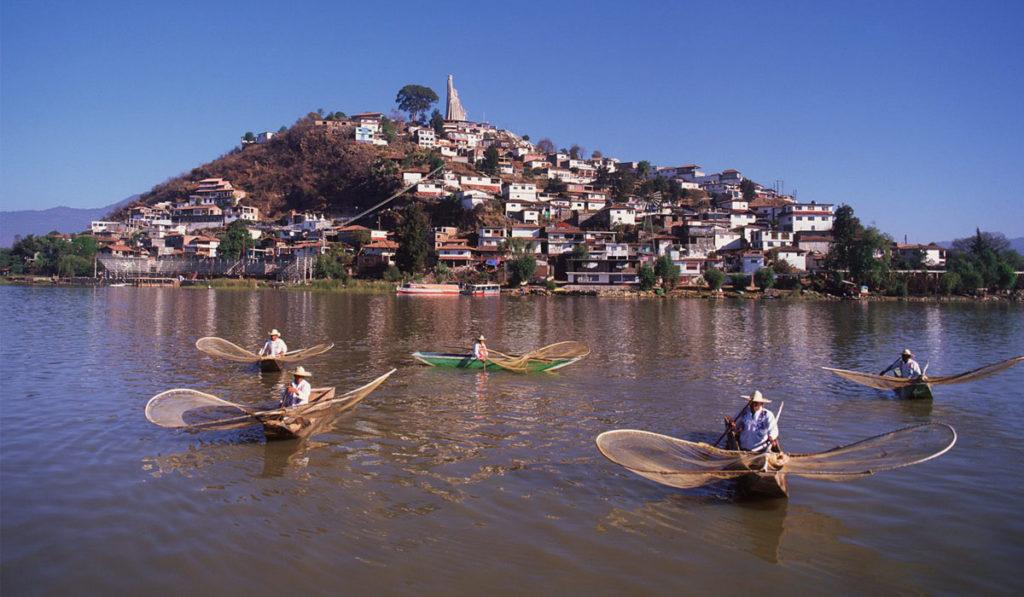 Presentan plan para fortalecer turismo en Michoacán