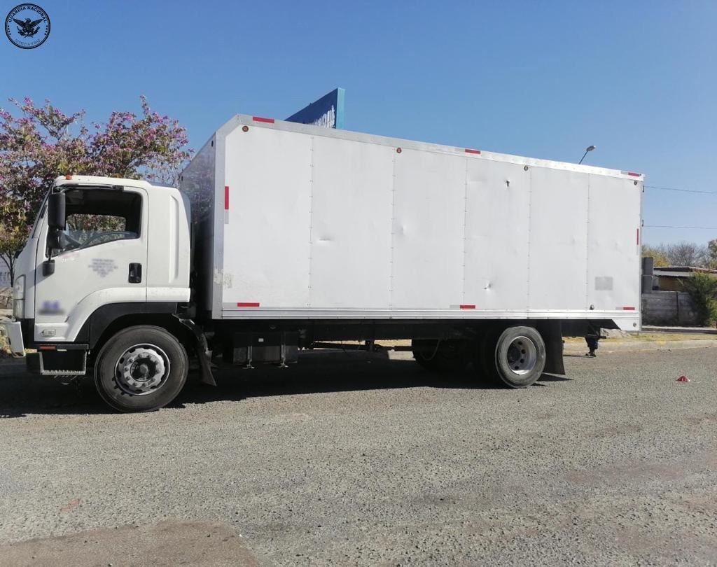 Recuperan carga con valor de 2 mdp sobre la Querétaro-Irapuato