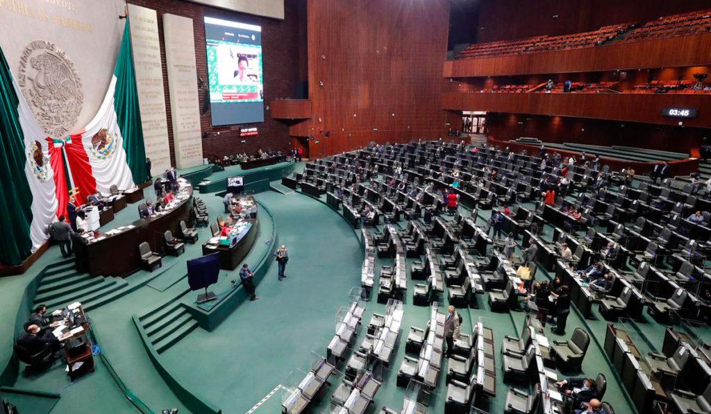 Diputados reciben iniciativa para cambiar nombre a la SCT