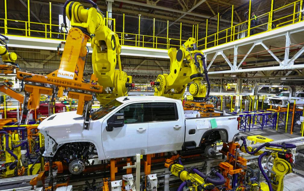 General Motors extiende paros en plantas, por escasez de chips