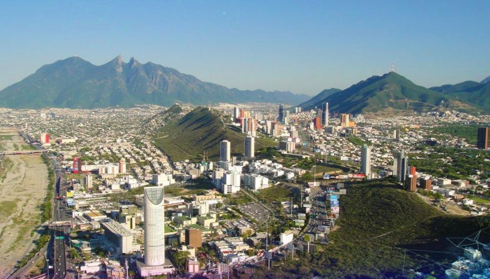 Nuevo León permite nuevas aperturas de negocios