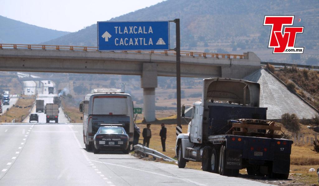Tlaxcala invierte en la rehabilitación de carreteras