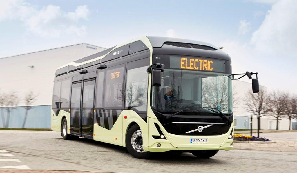 Pese a pandemia, electrificación de buses avanza en Europa