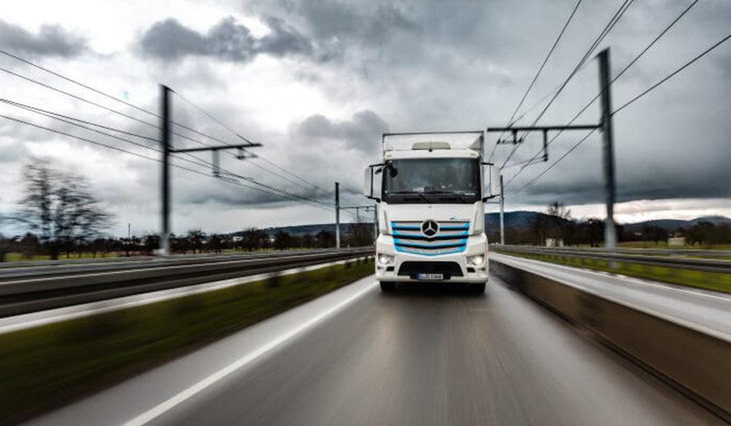 eActros correrá pruebas en carretera electrificada de Alemania