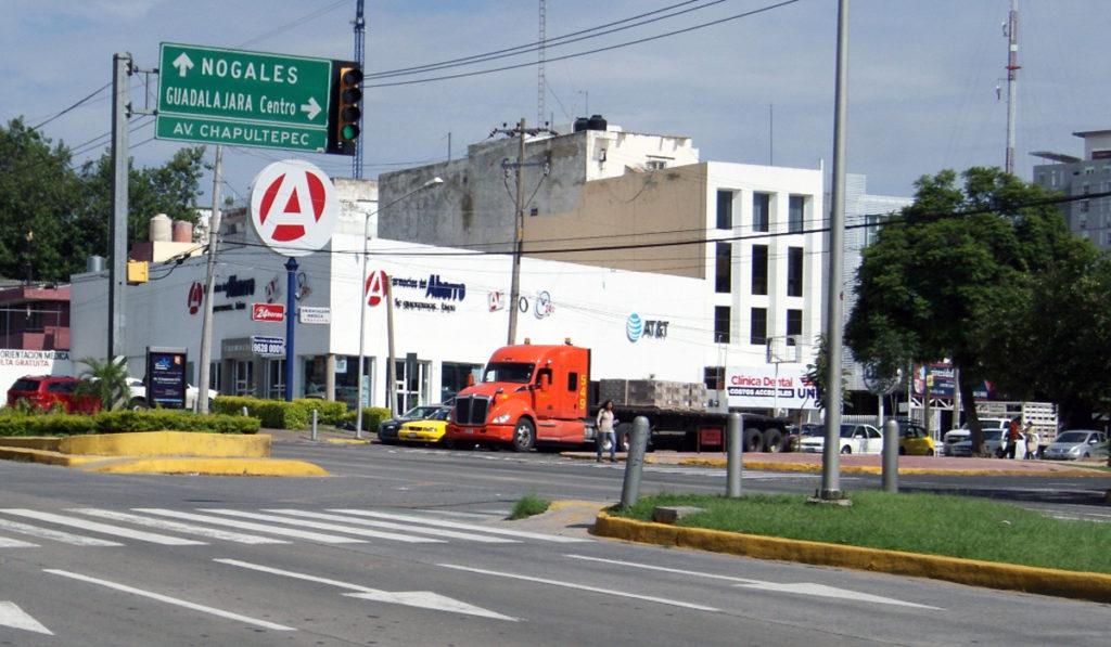Jalisco busca reducir emisiones del transporte de carga