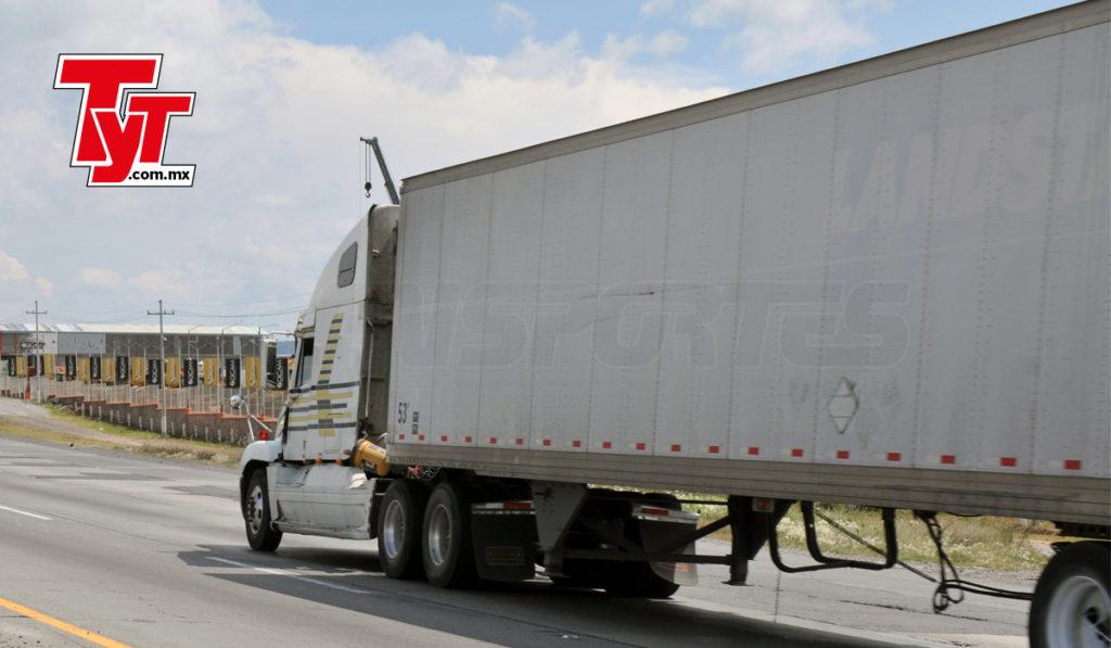 Mercado de camiones Clase 8 crecerá 16% en 2021: IHS Markit