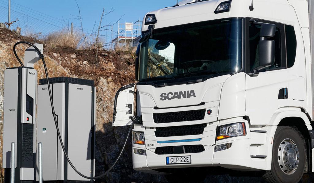Scania proyecta que 50% de sus ventas estén electrificadas en 2030