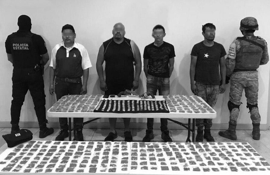 Cae líder de banda, roban carga en al menos cuatro municipios de Puebla