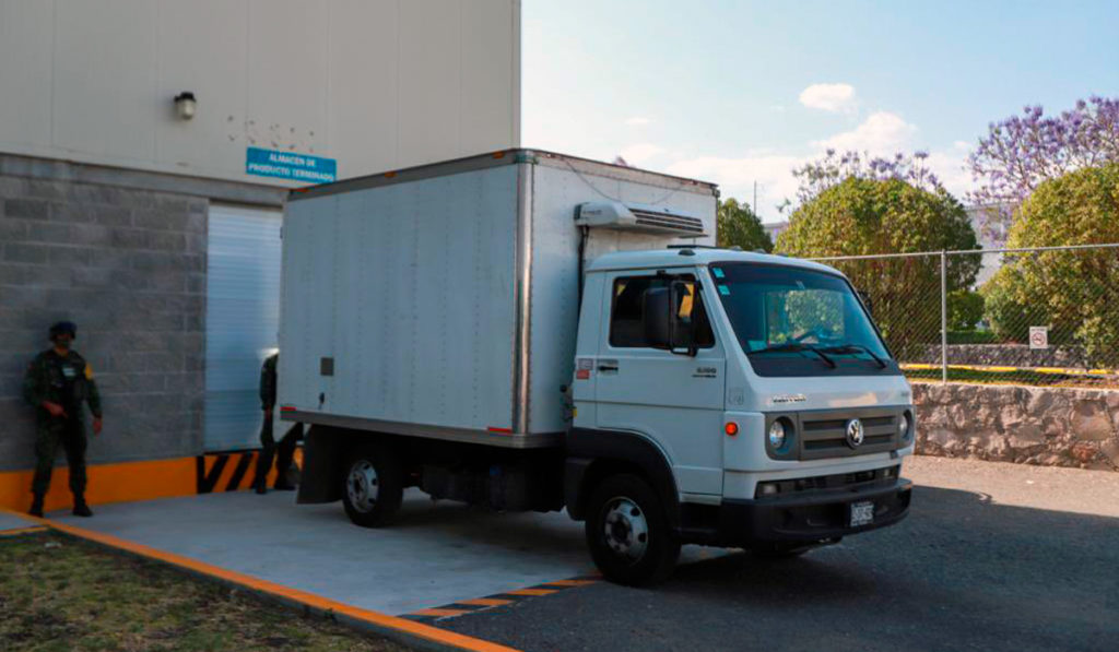 Drugmex entrega segundo lote de vacunas CanSino