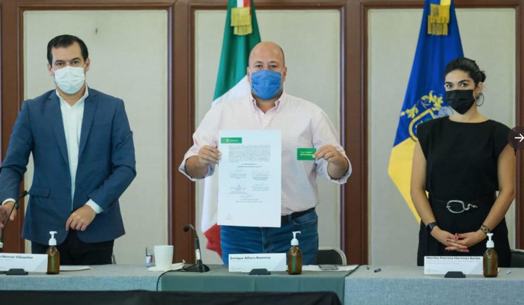 Firman fideicomiso para el transporte público en Jalisco