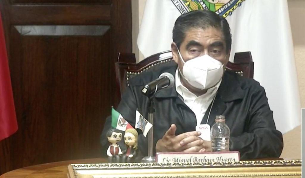 Barbosa pide reportes de mantenimiento de los puentes atirantados en Puebla