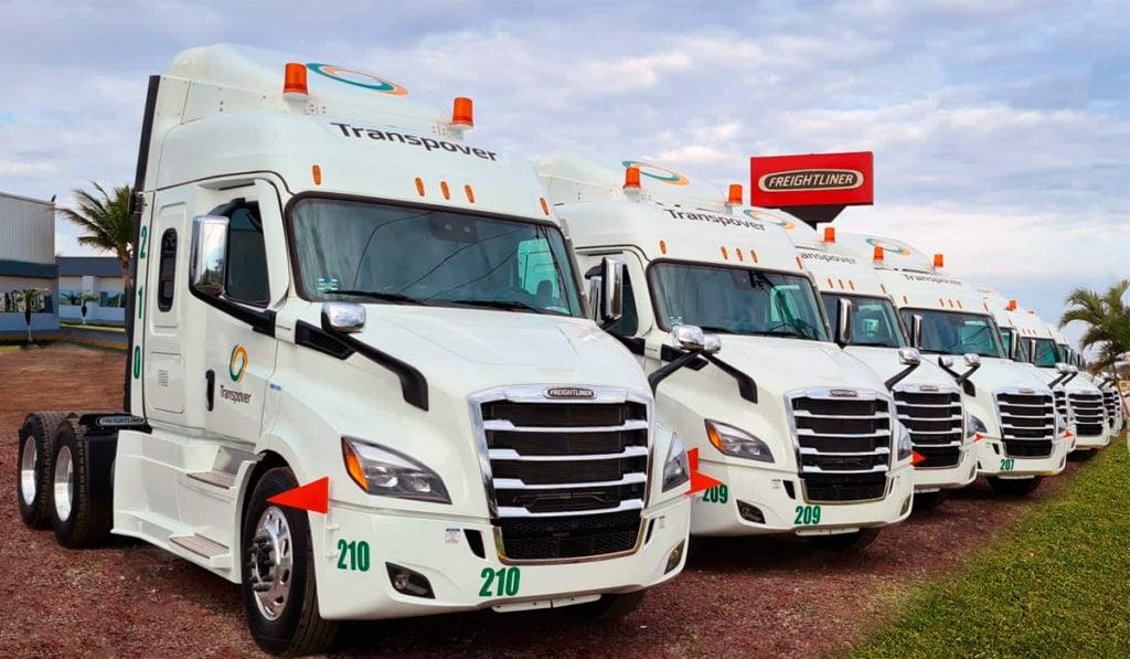 Con Gruver Camiones, Transpover estrena cinco Cascadia