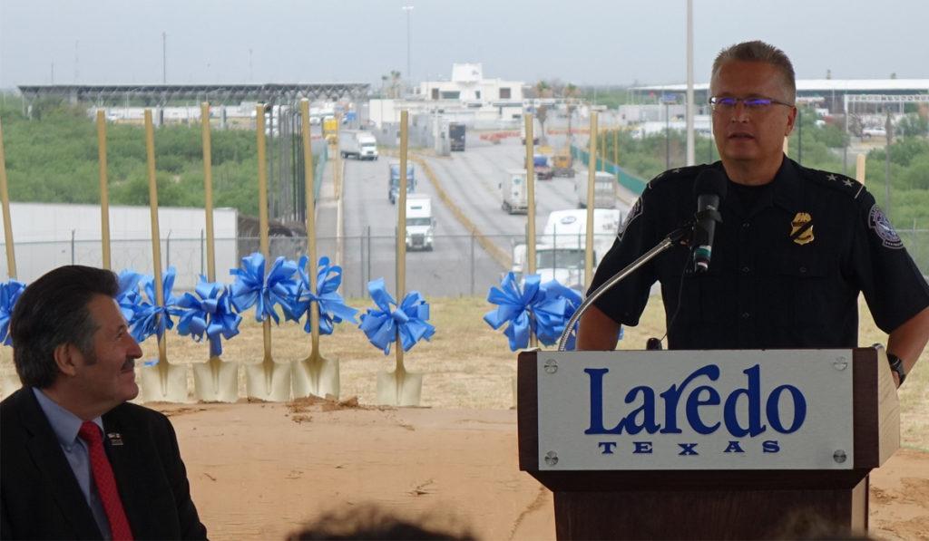 Alistan 4 carriles para agilizar procesos de vehículos comerciales en puente de Laredo