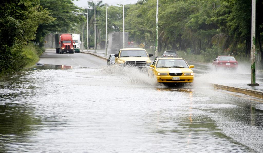 Pronostican lluvias torrenciales en el centro del país