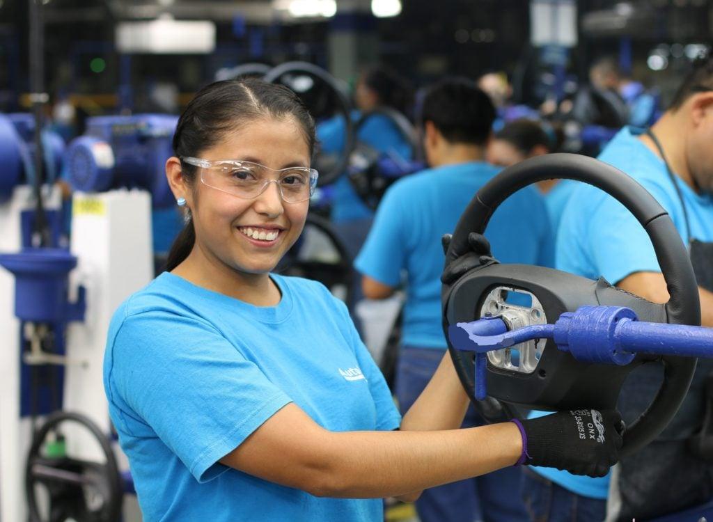 Autoliv invierte 35 mdd en Aguascalientes para diseñar y producir volantes