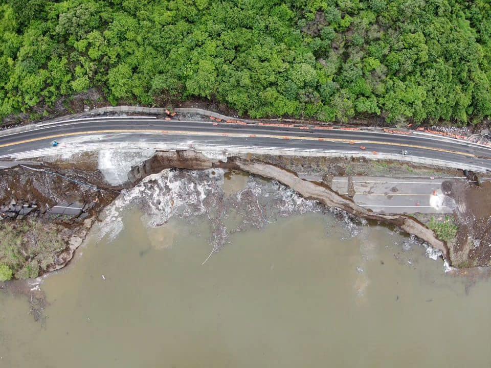 Reabren autopista Siglo XXI tras daños en el kilómetro 148+400