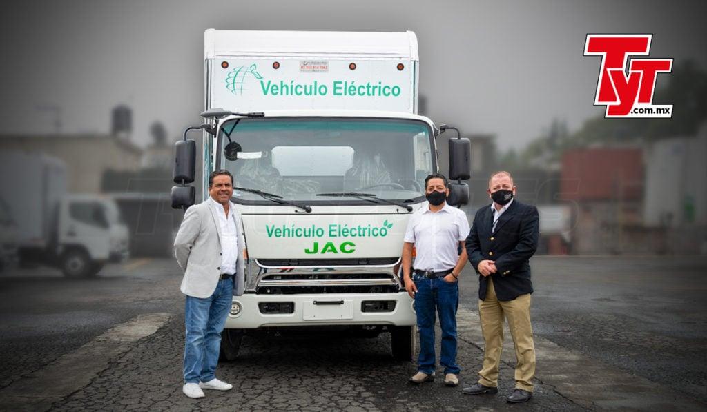 Entrega Zapata primera unidad eléctrica a OPL Logística