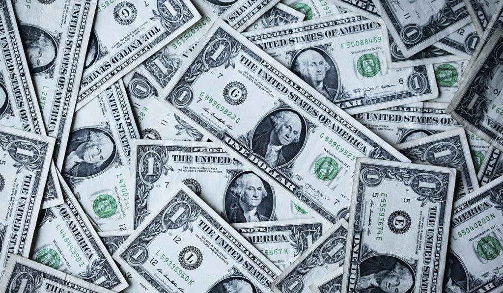 dolares-inversion-billetes-economia-eu