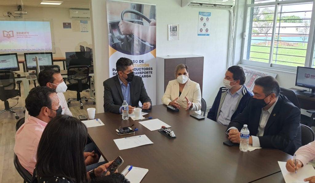 Avanza la profesionalización de operadores en Jalisco
