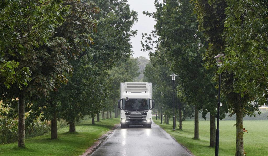 Scania supera estándares de bajas emisiones en la UE