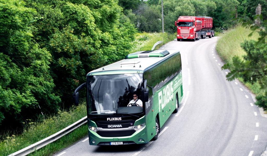 Scania estrena el primer autobús a biogás