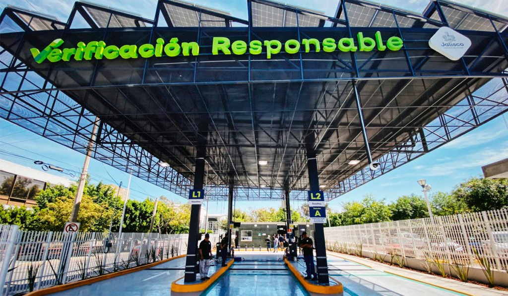 Ya son 100 líneas de verificación vehicular autorizadas en Jalisco